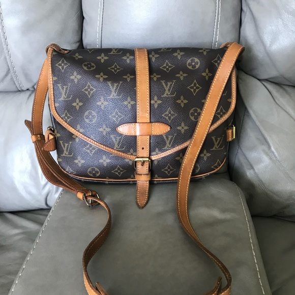 ced1ab463 Louis Vuitton Handbags - 🌼Louis Vuitton 🌻